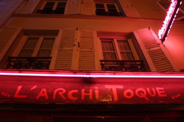 Architoque by night